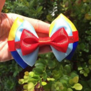 Snow white hair inspired clip in hair bow